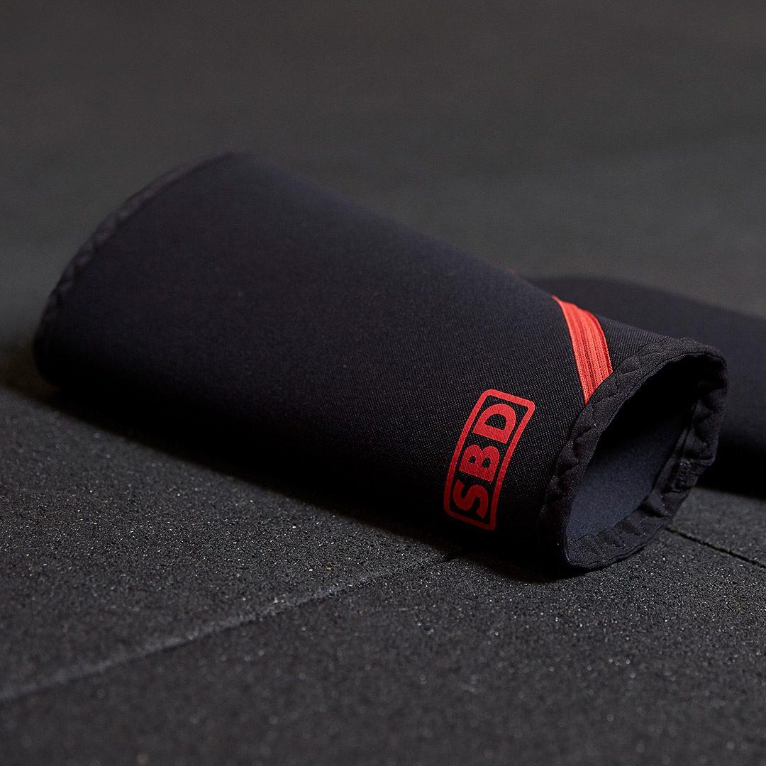 SBD kolenčniki - črna in rdeča