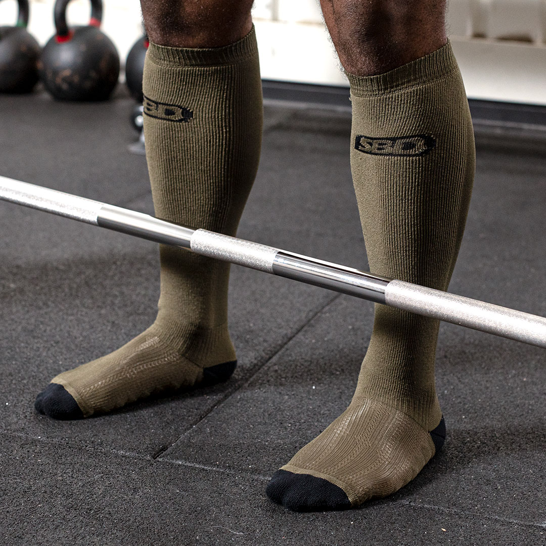 DEADLIFT-SOCKS-GREEN-01